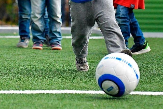 Gemeinschaftsschule Ehrenkirchen bekommt einen Soccerplatz