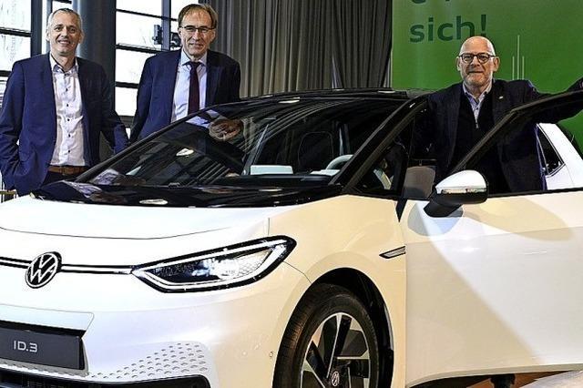 "Verkehrsminister Winfried Hermann eröffnet die ""Automobil""-Messe"