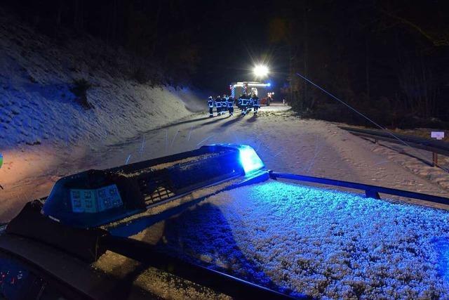 Schnee, Sturm und Unvernunft bremsen die Autofahrer im Hochschwarzwald aus