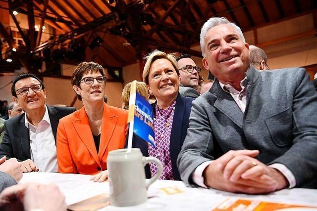 Südwest - Spitzenkandidatin Eisenmann plädiert für Friedrich Merz