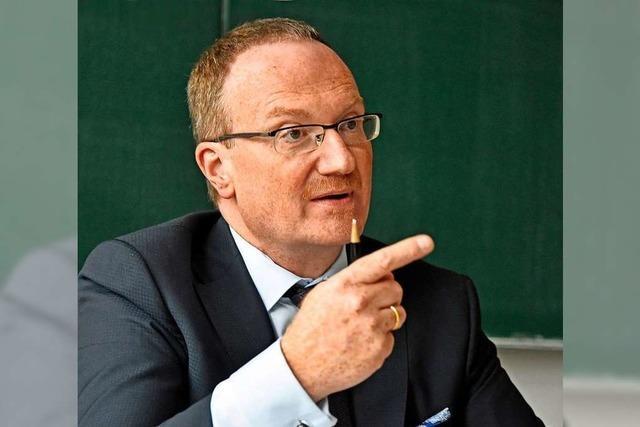 Bleibt der Freiburger Lars Feld Wirtschaftsweiser?