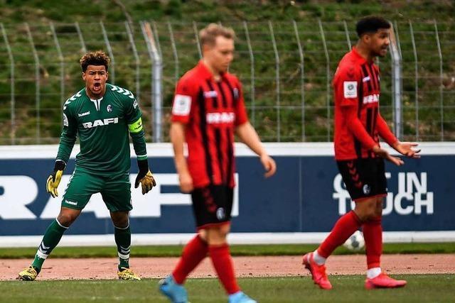 Torhüter der A-Jugend des SC Freiburg macht Traumtor gegen Hoffenheim