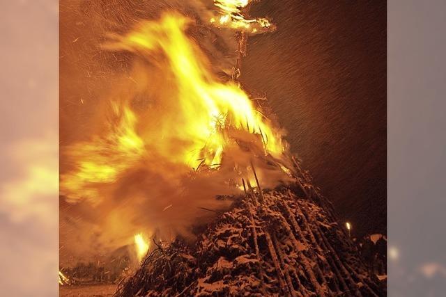 Fasnetfeuer und Scheibenschlagen