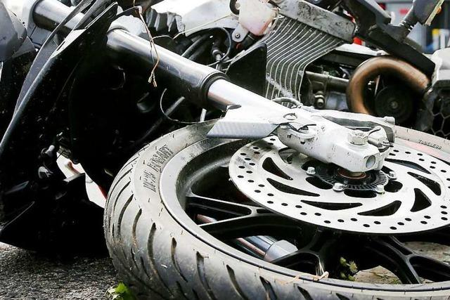 Motorradfahrer in Freiamt schwer verletzt