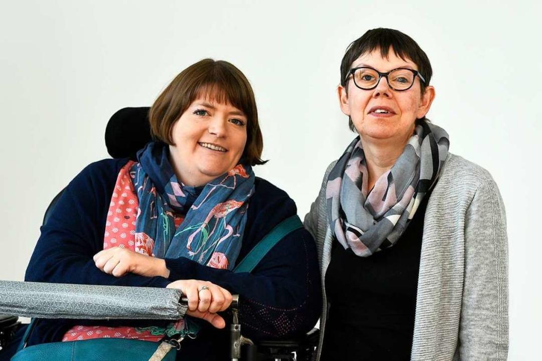 Sarah Baumgart (links),  kommunale Beh...d, Vorsitzende des Behindertenbeirats.  | Foto: Thomas Kunz
