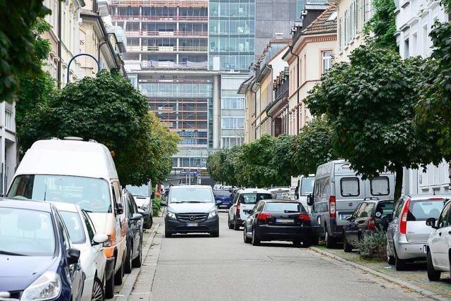 Streit zwischen Autofahrern in der Freiburger Egonstraße mündet in Prügelei