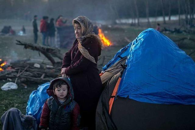 Tausende Geflüchtete harren in Lörrachs Partnerstadt aus