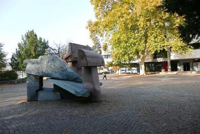 Der Platz vor dem Rathaus soll nach Egon Hugenschmidt benannt werden