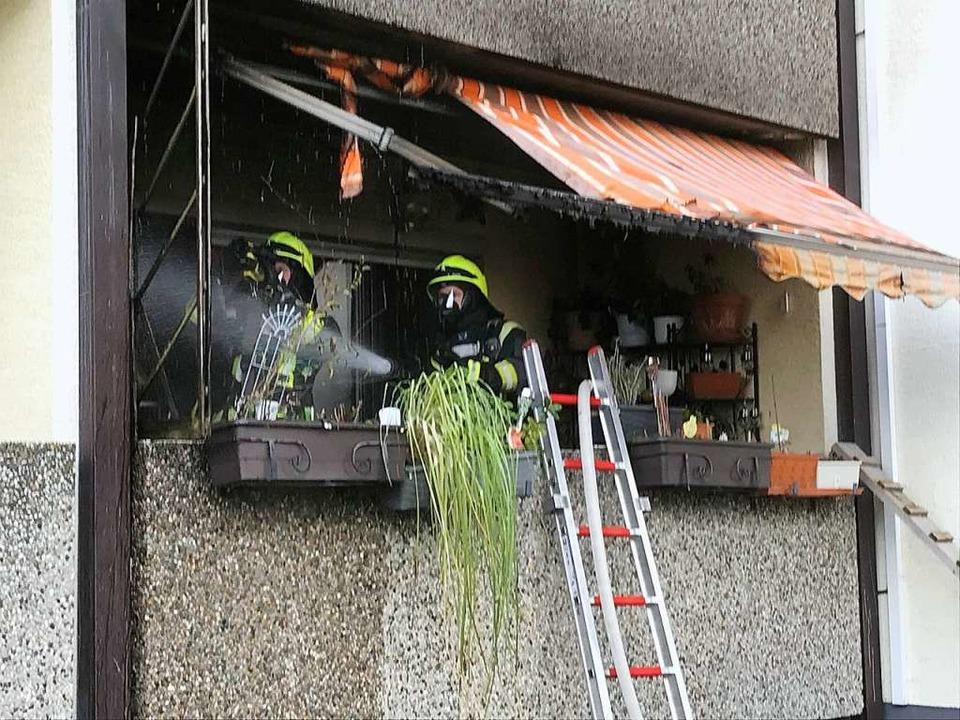 In Steinenstadt hat ein Balkon gebrann...rand nicht auf das Haus übergegriffen.  | Foto: Feuerwehr Neuenburg