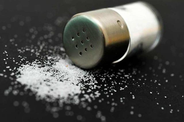 Warum gibt man beim Kochen Salz in süße Speisen?