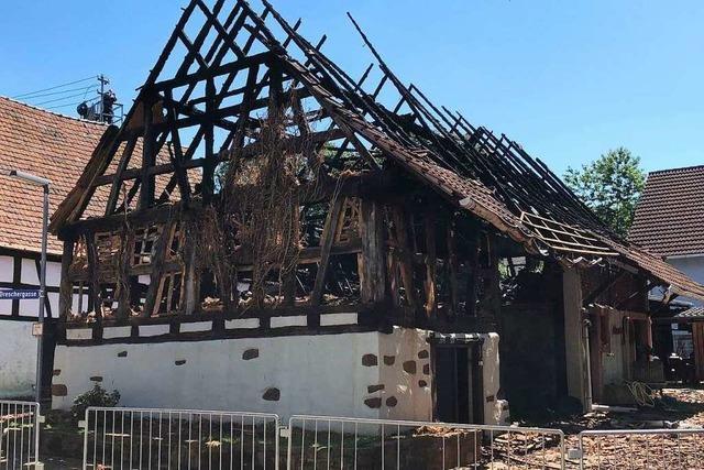Ex-Feuerwehrmann nach Scheunenbrandserie zu Haftstrafe verurteilt