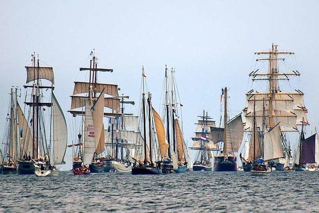 Segeln Sie mit bei der Windjammerparade der Kieler Woche und freuen Sie sich auf Städteperlen im Norden!