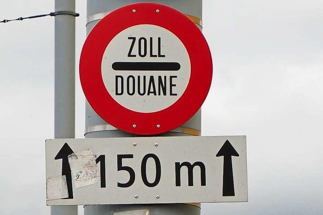 Am Schweizer Zoll kann zu schnelles Fahren teuer werden (Symbolfoto)    Foto: Herbert Frey