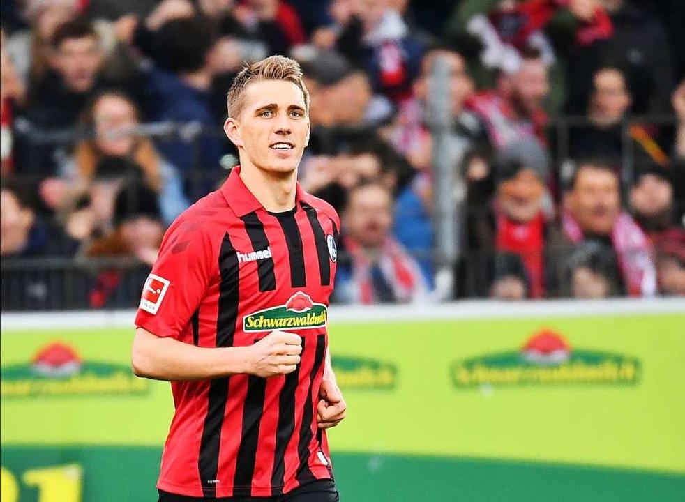 Nils Petersen blieb ein eigener Treffe...SC-Stürmer eine wertvolle Leistung ab.  | Foto: Achim Keller
