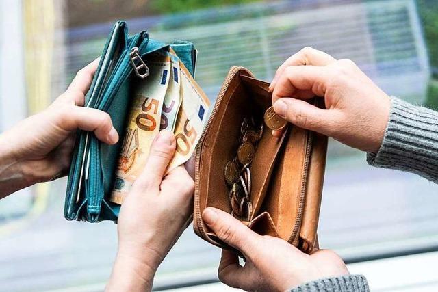 Die Schere bei den Löhnen in Deutschland schließt sich