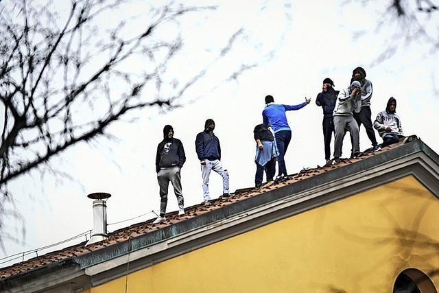 Tote bei Aufständen in Italien