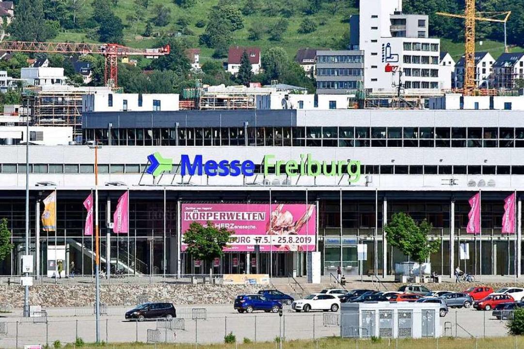 Die Band sollte vor rund 8500 Zuschaue... der Sick-Arena in Freiburg auftreten.  | Foto: Michael Bamberger