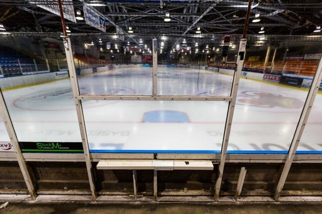 Eishockey-Saison wegen Corona vorzeitig beendet – Keine Playoffs für EHC Freiburg
