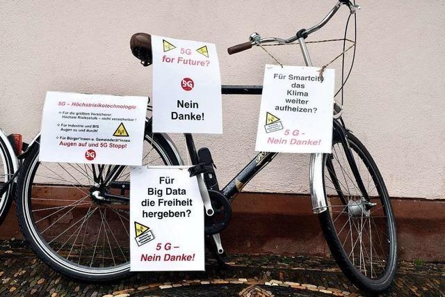 Ein Freiburger Mobilfunkgegner missioniert in Lörrach gegen 5G