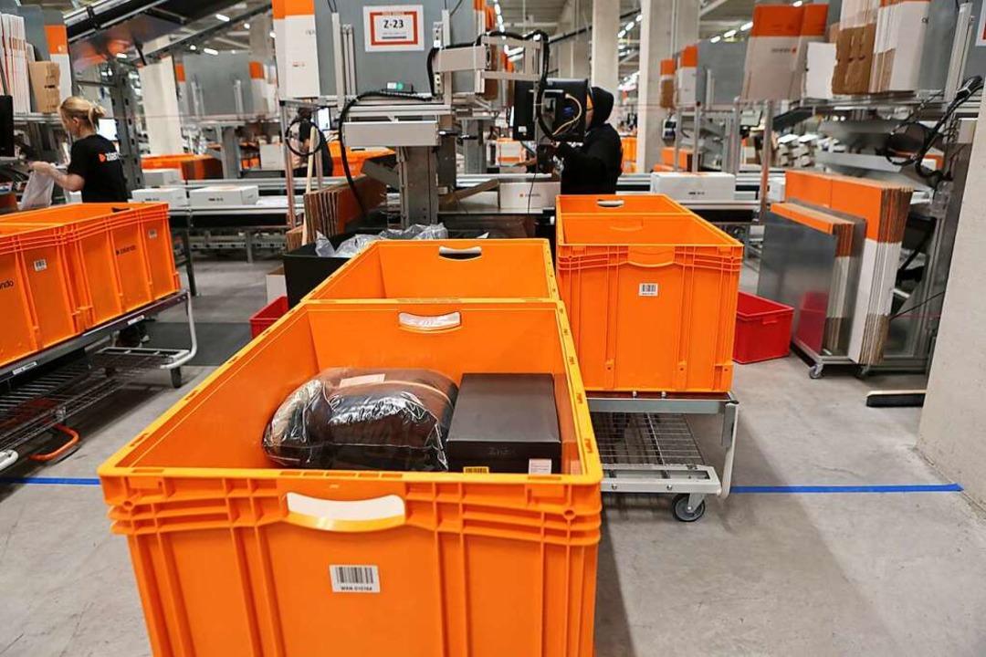Die Firma Zalando in Lahr beschäftigt ...n Drittel Arbeitnehmer aus dem Elsass.  | Foto: Christoph Breithaupt
