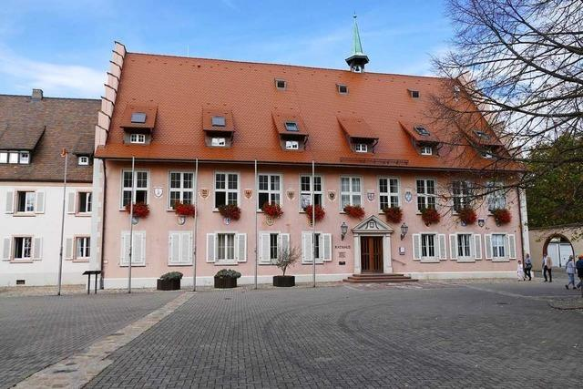 Breisacher Rathaus ist nur noch vormittags geöffnet