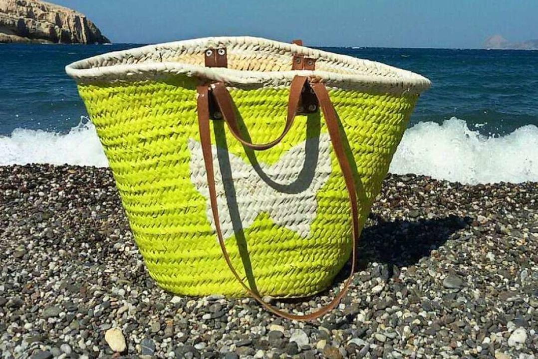 Vermittelt das richtige Urlaubsgefühl: aufgepeppte Ibizatasche  | Foto: Privat