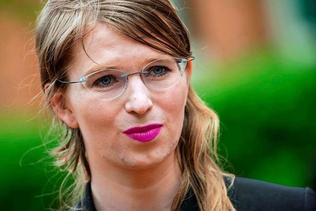 Chelsea Manning nach Suizidversuch im Krankenhaus