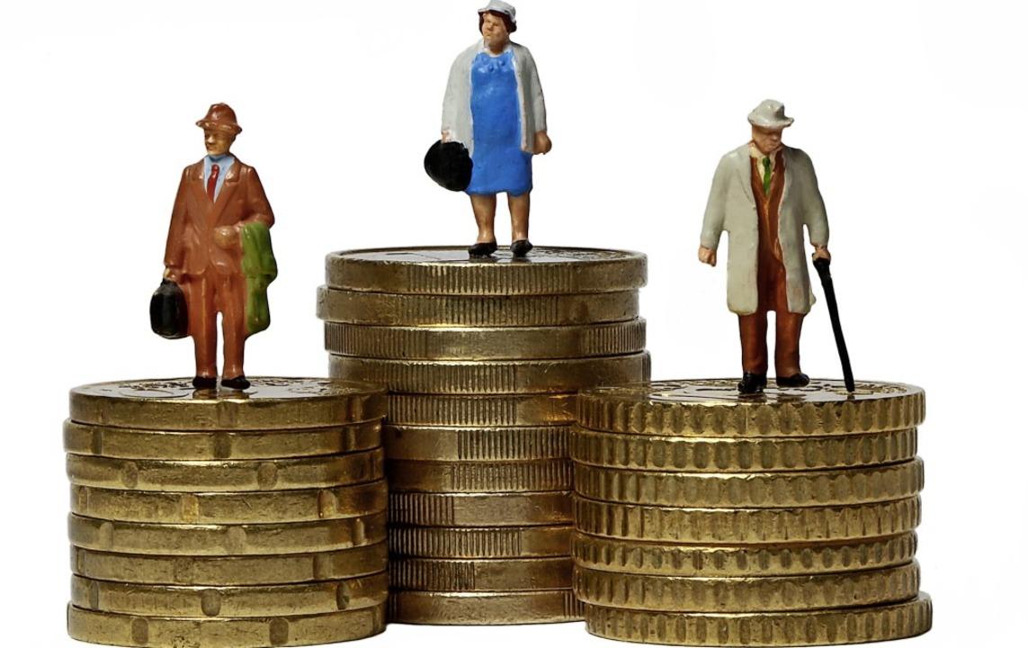 Ein eher untypisches Bild, denn Frauen...r Regel niedrigere Renten als Männer.   | Foto: HaDeVau - stock.adobe.com