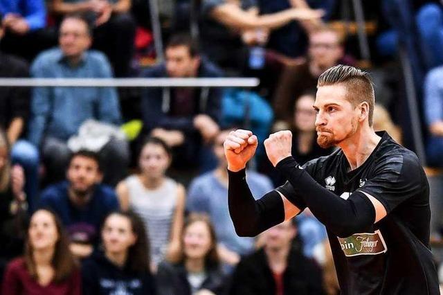 Angreifer Dominic Salomon von der FT 1844 Freiburg freute sich nur einen Augenblick über das vorzeitige Ende der Saison