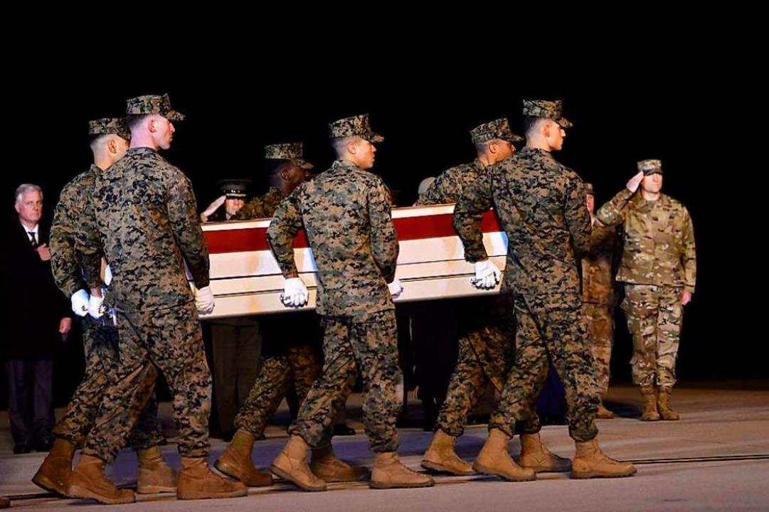 Zwei amerikanische Soldaten waren getötet worden.  | Foto: Mark Makela (AFP)