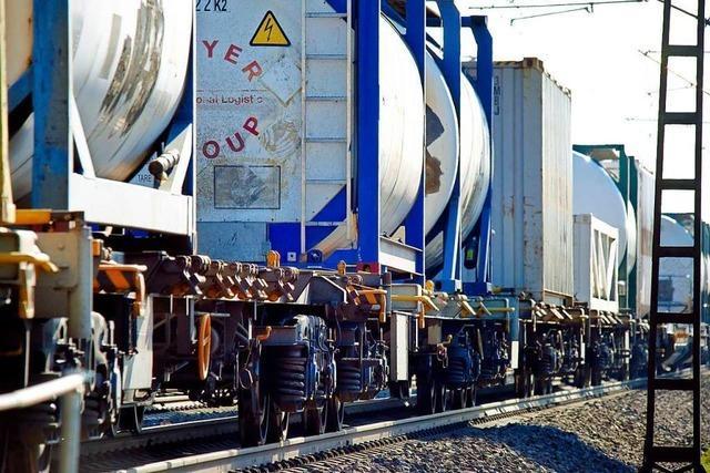 Begleitgruppe will zusätzliches Abstellgleis auf der Rheintalbahn