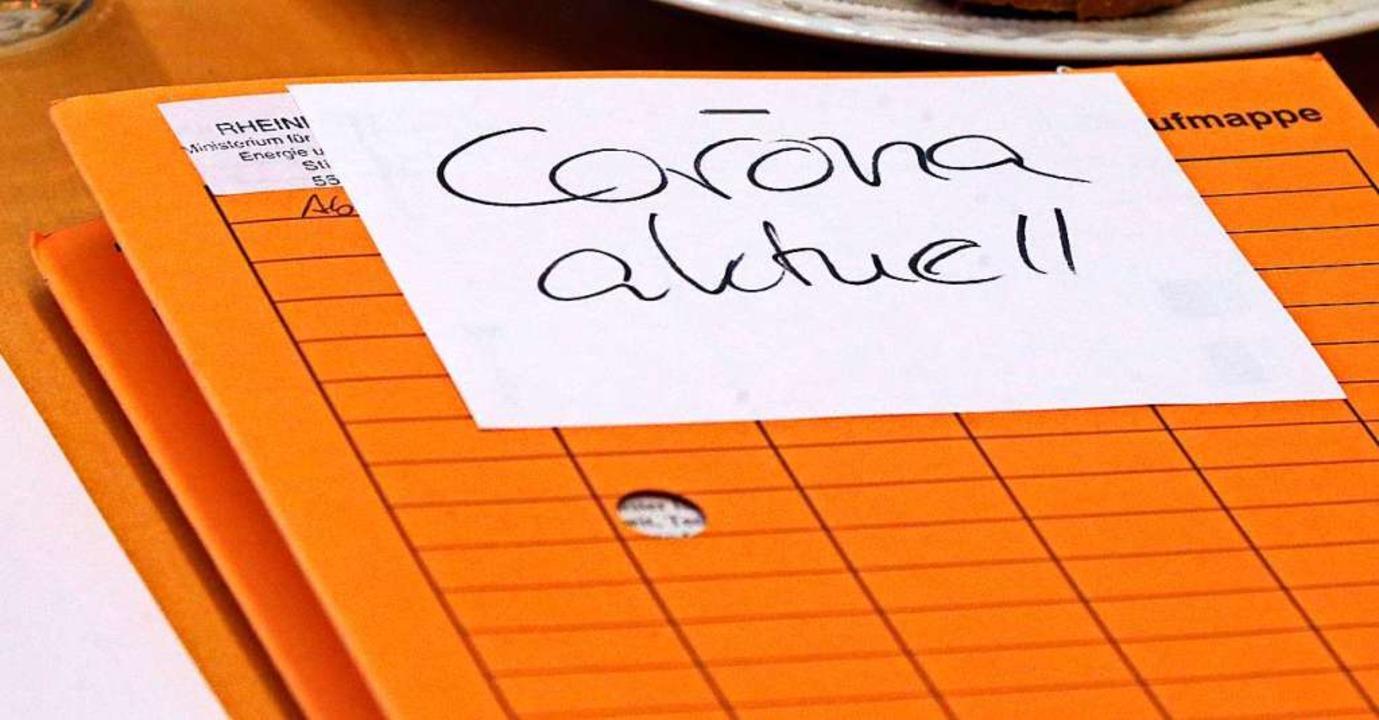Corona beschäftigt derzeit auch die Rathäuser.  | Foto: Wolfgang Kumm