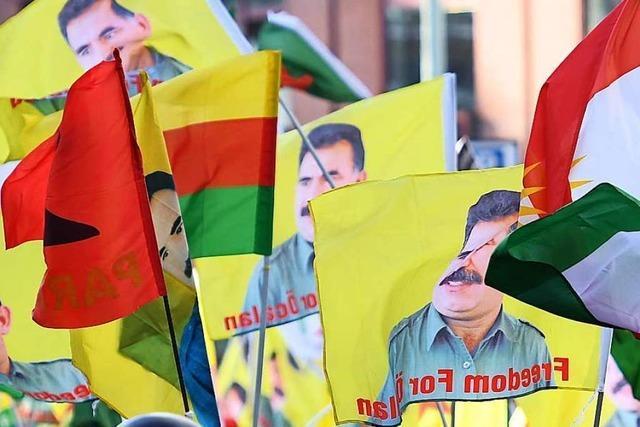Freiburger Initiative beklagt Diskriminierung von Kurden bei Einbürgerungen