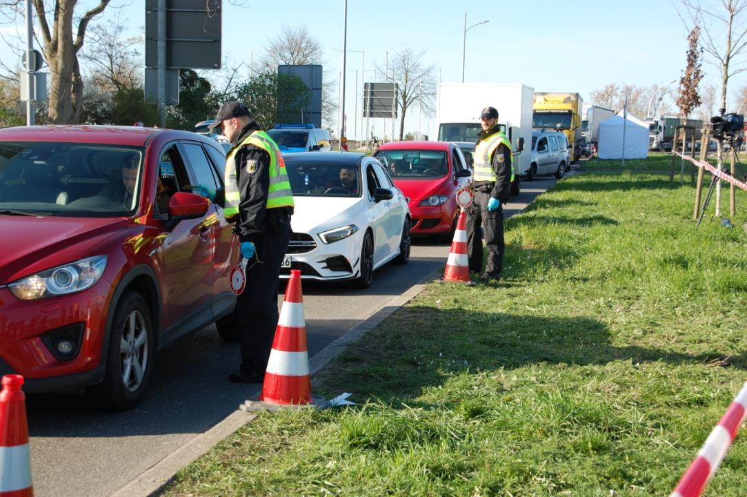 Kontrolle an der Grenze in Kehl  | Foto: Bärbel Nückles