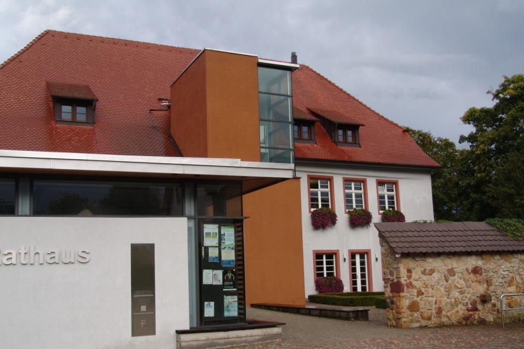 Das Rathaus in Umkirch: Hausherr Bürge...lere Entscheidungen zur Coronapandemie    Foto: Karin Wortelkamp