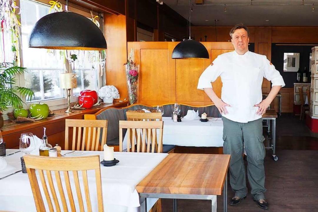 Die Tische waren in Ott's Hotel ...konnte Andreas Ott aber kaum begrüßen.  | Foto: Herbert Frey