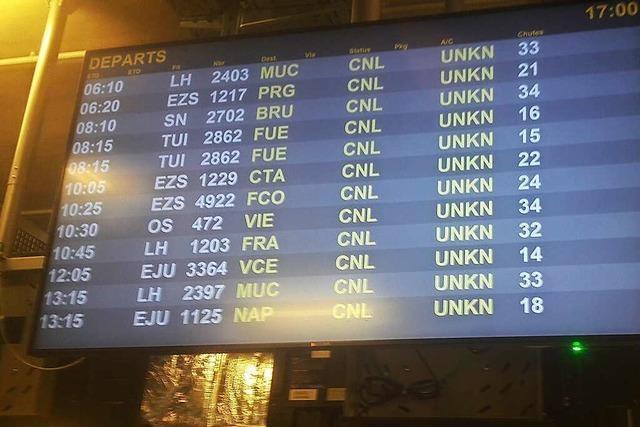 Der Flugbetrieb am Euroairport ist auf die Hälfte geschrumpft