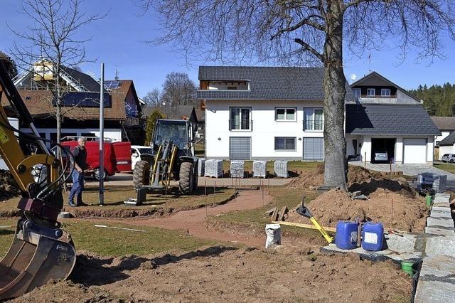 Ein Platz für Bürger, Baum und Brunnen