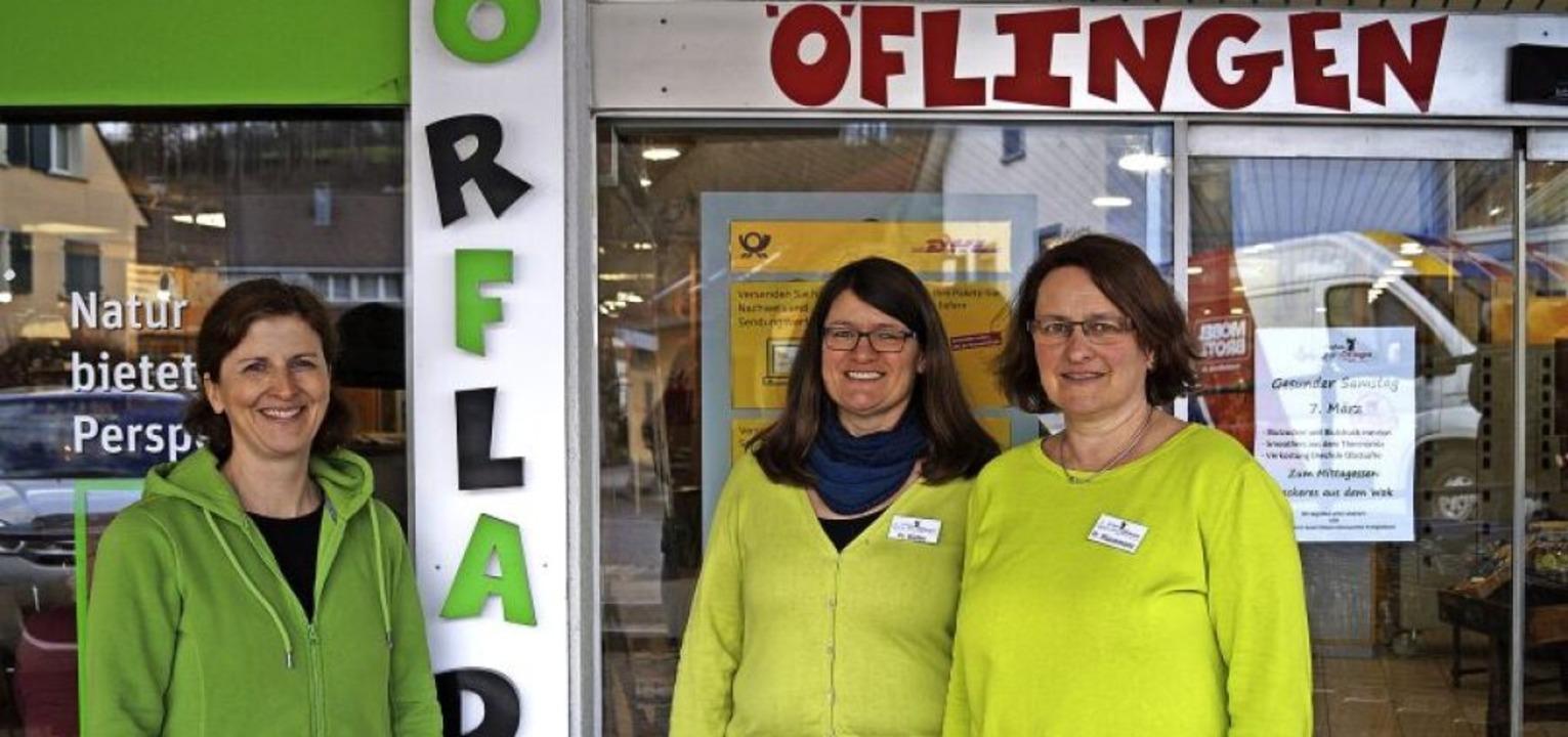 Das Vorstandstrio um Katharina Hinnenb...icklung des Dorfladens zufrieden sein.  | Foto: Sara Göhring
