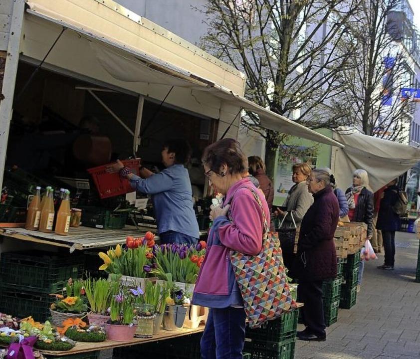 Ein Hauch Normalität: der Wochenmarkt auf der Schützenstraße  | Foto: Vanessa Dai