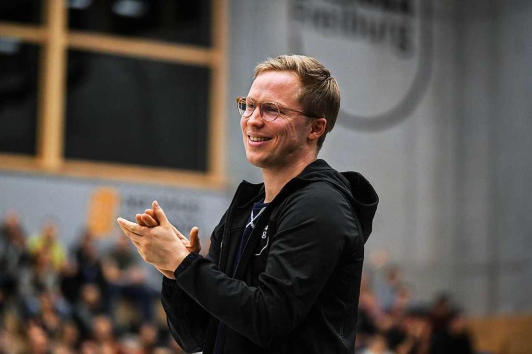 Erleichtert ob des Klassenerhalts: FT-Coach Jakob Schönhagen  | Foto: Patrick Seeger