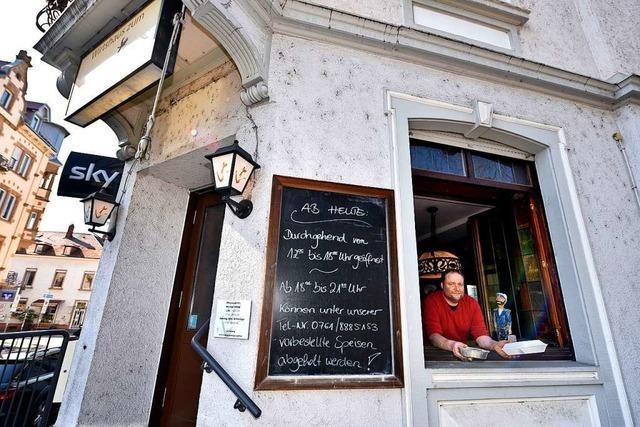Freiburger Restaurants stellen auf Essen zum Mitnehmen oder Abholen um