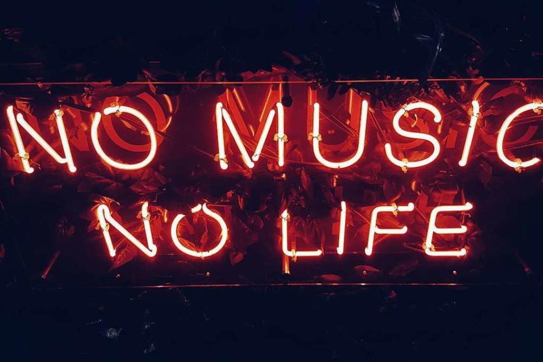 Gilt immer: Ohne Musik ist alles schlechter.  | Foto: Simon Noh (Unsplash)