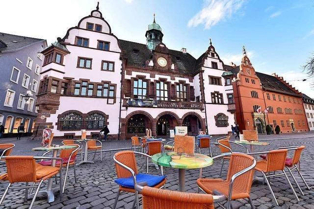 Gastronomie und Corona: Schnitzelverkauf am Fenster und 7-Euro-Essen vom Sternekoch