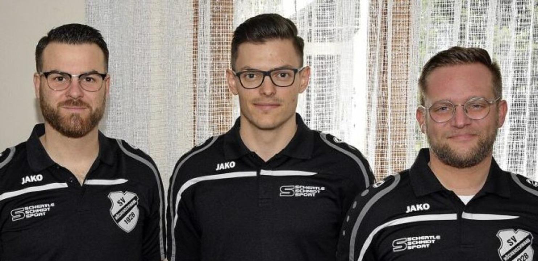 Die neuen Vorstandsmitglieder des SV  ... Baumgartner Junior und Philip Ebner.     Foto: Stefan Pichler