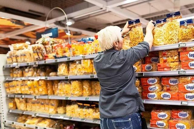 Supermarktketten liefern wegen Corona mehr Grundnahrungsmittel