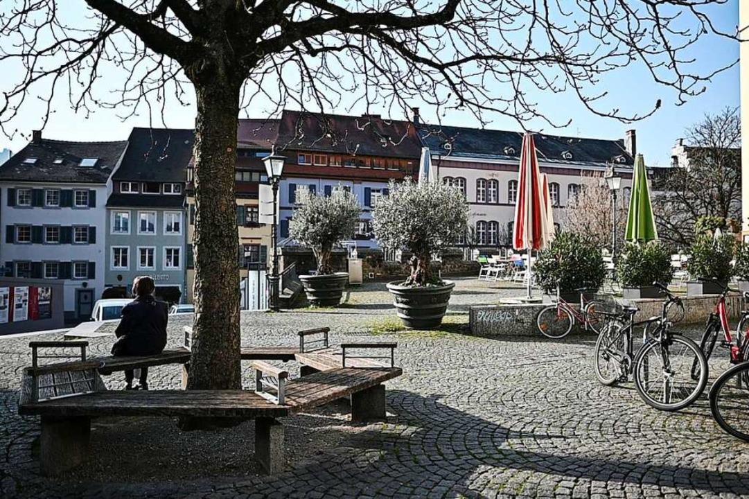 Fast menschenleer war Freiburg am Freitag.  | Foto: Patrick Seeger (dpa)