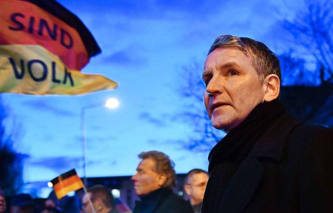 Betont jetzt die Einheit der AfD: Björ...er Demonstration am Thüringer Landtag.  | Foto: Martin Schutt (dpa)