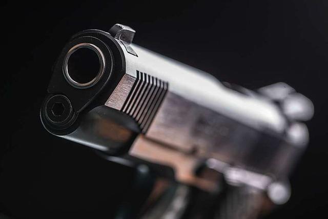 Wo ist die Pistole aus der Gaststätten-Schublade?