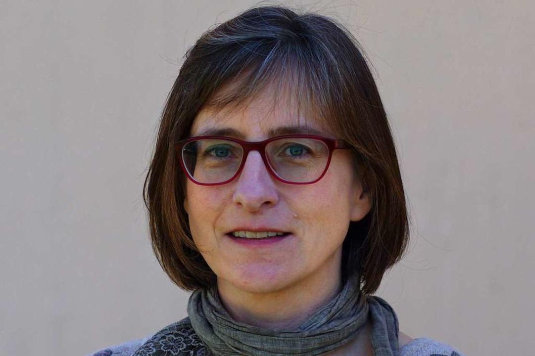 Marika Trautmann ist Pfarrerin der Eva...ie Hilfeaktion  wegen des Coronavirus.  | Foto: Toby Sachse